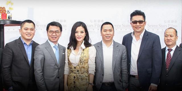 Vợ chồng Triệu Vy đối diện tin đồn ly hôn.
