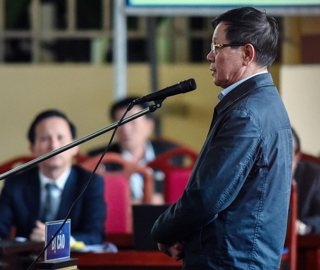 Bị cáo Phan Văn Vĩnh tại tòa