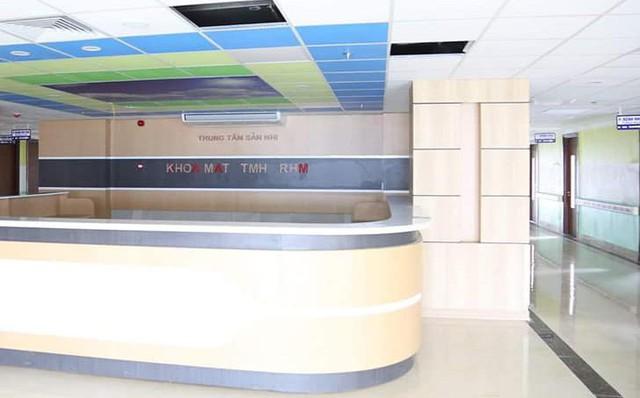 Công suất giường bệnh khoa nhi, khoa sản (BVĐK Phú Thọ) trước đây luôn trong tình trạng quá tải, từ 150-180%. Với Trung tâm mới, được tổ chức gồm 5 phòng chức năng và 19 khoa lâm sàng, cận lâm sàng chuyên sâu trong lĩnh vực Sản Khoa và Nhi khoa