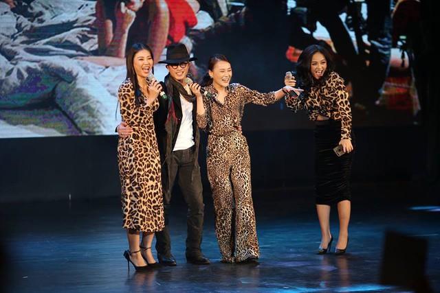 Bốn diễn viên vui vẻ chia sẻ về những thay đổi trong cuộc sống