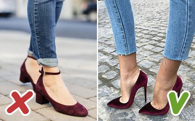 Nếu giày có màu tối thì đường ngang của quai cài lại càng gây chú ý.
