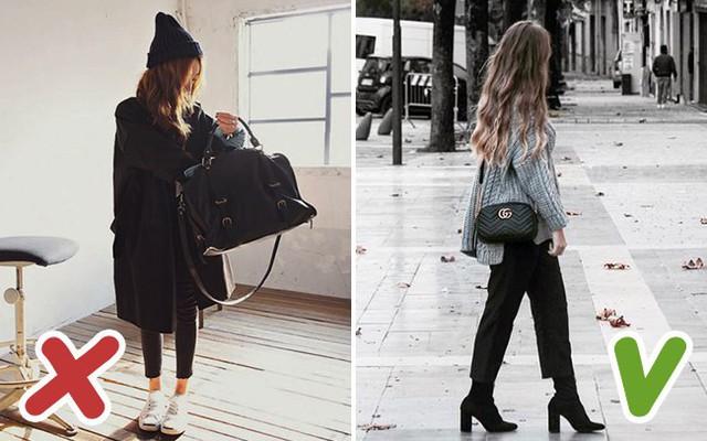 Túi xách to tuy tiện lợi nhưng lại không cân đối với vóc người bé nhỏ.