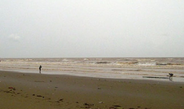 Khu vực biển Hoằng Trường, nơi vợ chồng anh Hải gặp nạn