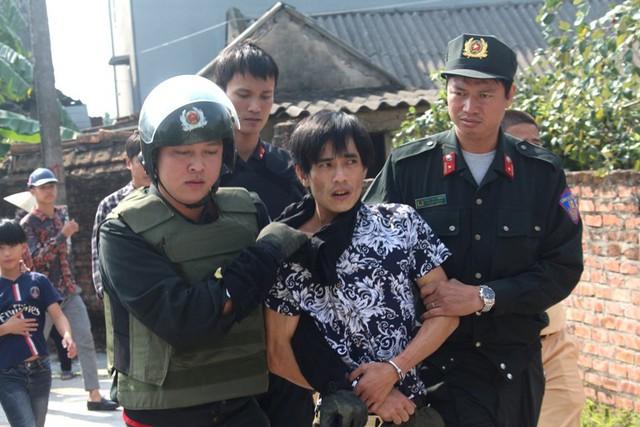Đối tượng Phạm Ngọc Hậu, thời điểm bị lực lượng chắc năng khống chế, bắt giữ. Ảnh: Đ.Tùy