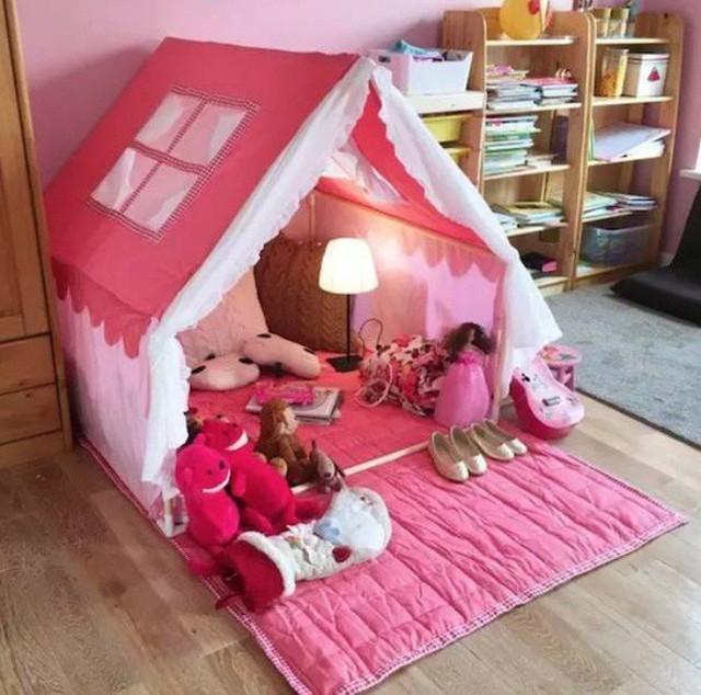 Căn phòng đẹp như cổ tích dành cho con gái.