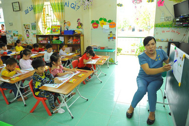 Cô giáo Triệu Thị Nhung gắn bó với trẻ mầm non hơn 20 năm qua.