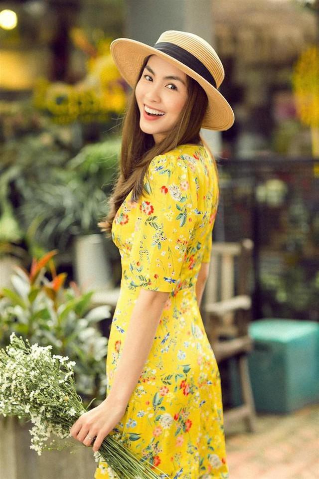 Ghi dấu ấn với khán giả yêu màn ảnh từ bộ phim Bỗng dưng muốn khóc, Tăng Thanh Hà ngay sau đó đã nhanh chóng vươn lên trở thành ngôi sao hạng A trong làng giải trí.