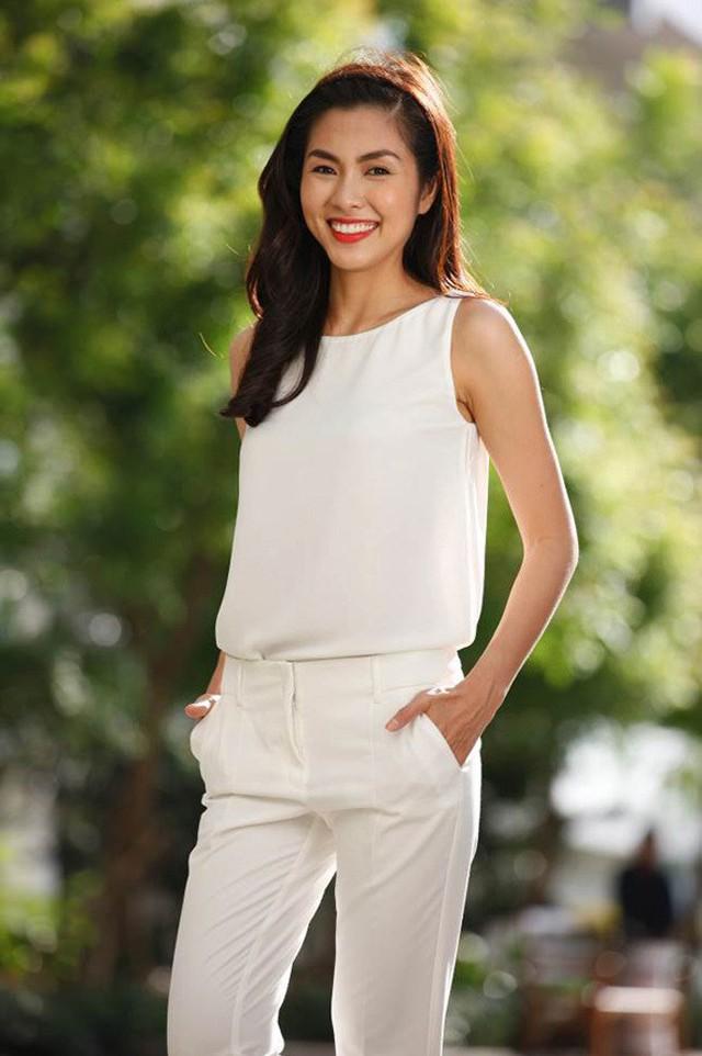 Từ khi bước chân vào làng giải trí cho đến khi rút lui khỏi đó, Hà Tăng chưa bao giờ lộ thân hình mũm mĩm hay lo lắng về cân nặng.