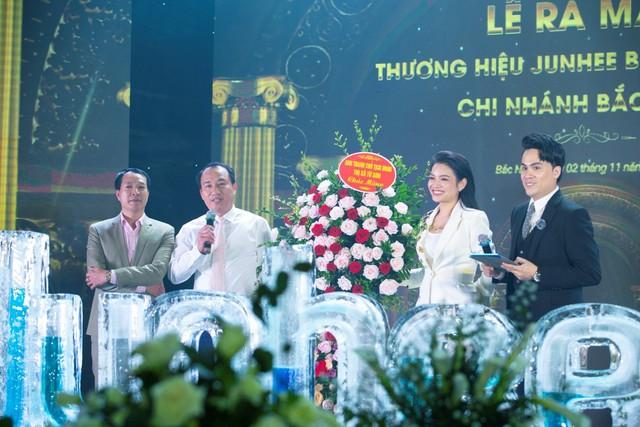 Ông Nguyễn Xuân Thanh – chủ tịch UBND Xã đã đến tham dự, phát biểu tại lễ ra mắt.