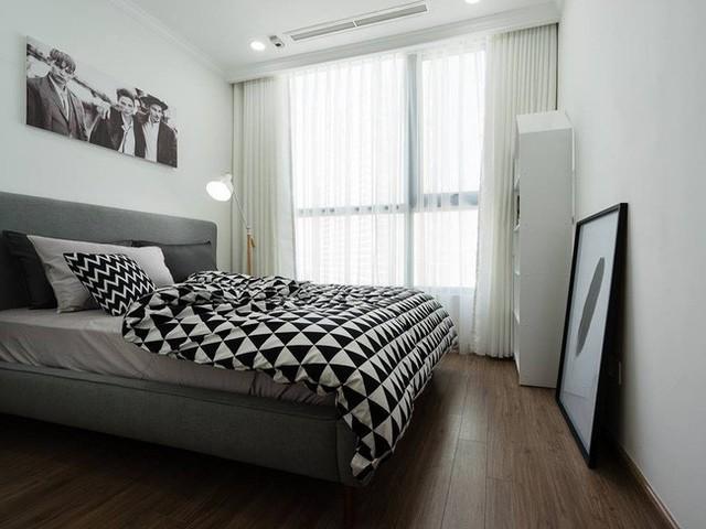 Trong các phòng ngủ phụ, dù hạn chế diện tích nhưng gia chủ và KTS vẫn chăm chút cho không gian rất cẩn thận.