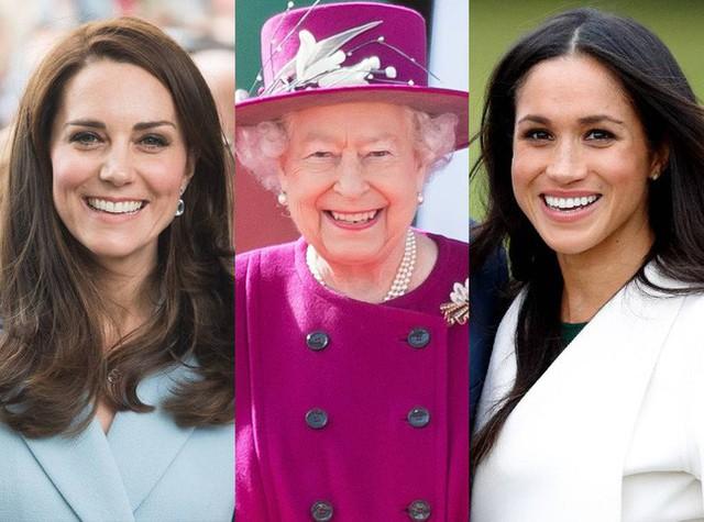 Nữ hoàng Anh đều rất thân thiện với hai cháu dâu.