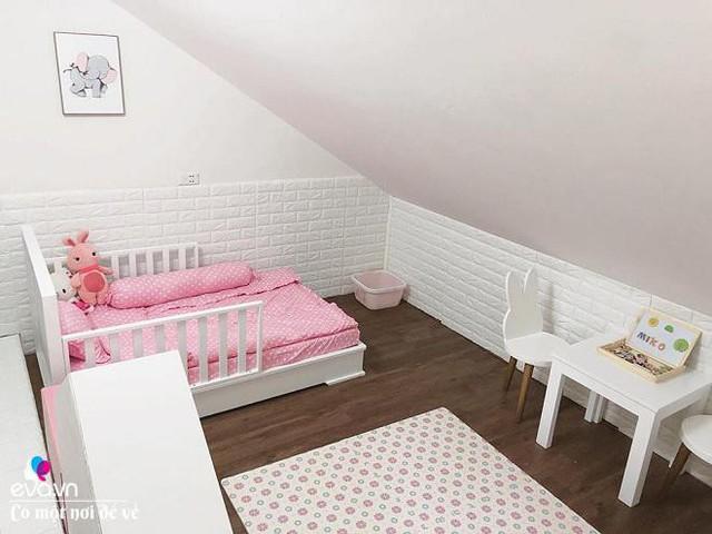 Phòng ngủ của con gái anh chị.