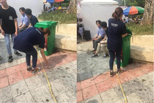 Thành viên ban tổ chức Cool Japan Festival 2018 tự tay dọn rác