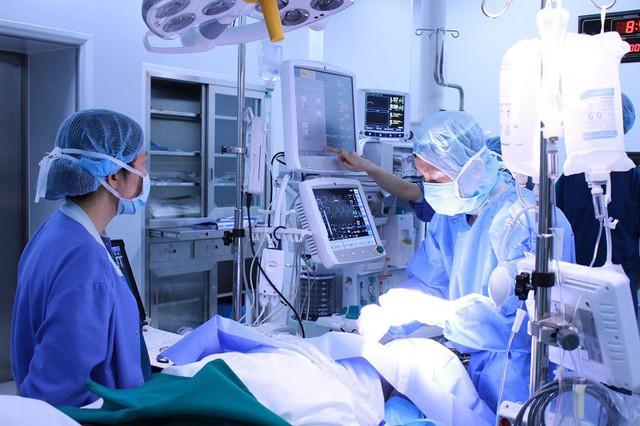 Kỹ thuật gây tê mặt phẳng cơ dựng sống (ESP) sử dụng trong mổ tim hở tuyệt đối an toàn, đem lại hiệu quả giảm đau cao.