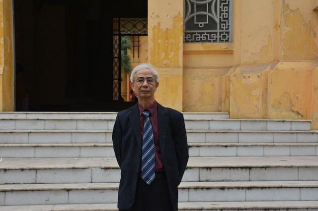PGS. TS. Nguyễn Thượng Dong - Nguyên Viện trưởng Viện dược liệu Trung ương cũng đã có rất nhiều nghiên cứu về của sâm tố nữ.