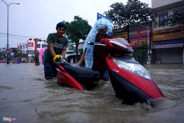 Theo dự báo, Trung Bộ tiếp tục có đợt mưa lớn như vừa qua vào giữa tháng 12. Ảnh: Giáp Hồ.