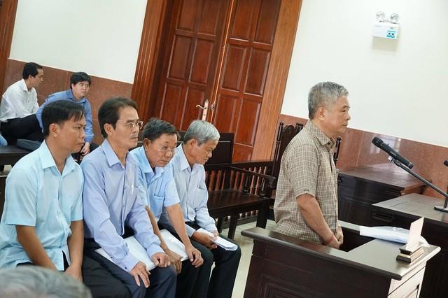 """Luật sư lên tiếng chuyện ông Đặng Thanh Bình hưởng án treo nhờ... """"cao tuổi"""""""