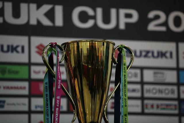 Hơn 90 triệu người dân Việt Nam đang mong ngóng từng giờ để các cầu thủ đạt được chiếc Cup vàng danh giá.