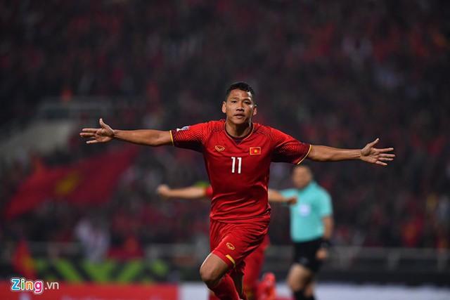 Tiền đạo Anh Đức, người ghi bàn ấn định tỷ số 1-0 mang lại chiến thắng cho ĐT Việt Nam