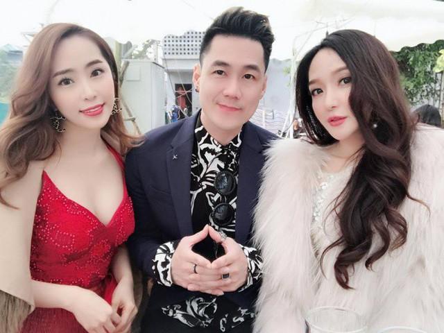 Sau nhiều năm không gặp, Quỳnh Nga hội ngộ với Khánh Phương trong một sự kiện.