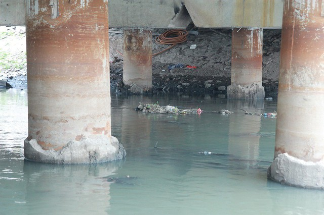 Đề xuất cải tạo sông Tô Lịch nhận được nhiều quan tâm của người dân.     Ảnh: B.Loan