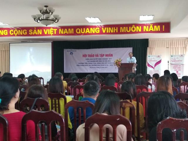 Ông Đỗ Ngọc Tấn - Ban quản lý Đề án 818 phát biểu tại hội thảo và tập huấn