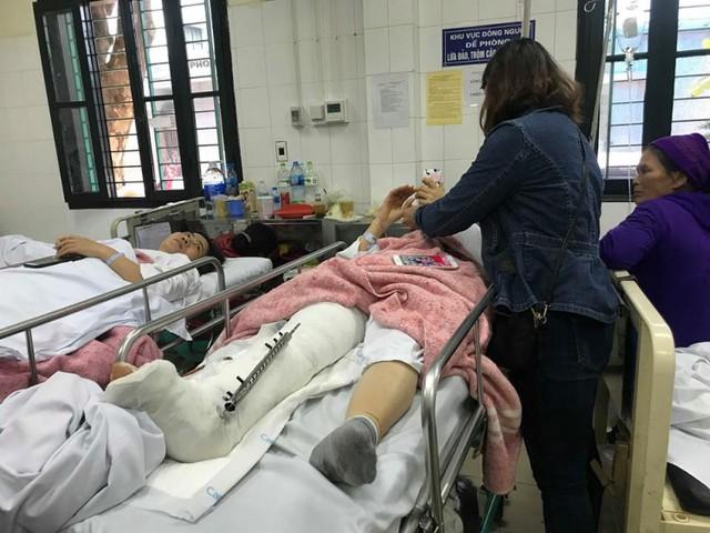 Chân phải chị H. chấn thương nặng, có nguy cơ phải cắt bỏ.