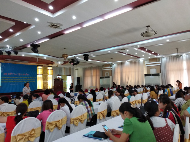 Buổi tập huấn phân phối sản phẩm phương tiện tránh thai và dịch vụ KHHGĐ tại Tiền Giang