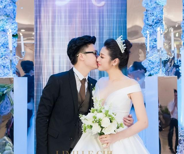 Tú Anh và ông xã Gia Lộc trong đám cưới hồi tháng 7.