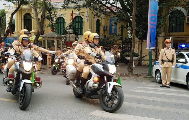 CSGT Hà Nội ra quân dịp cuối năm. Ảnh: TL