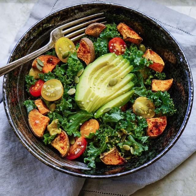Không cần thuốc, bổ sung 10 loại thực phẩm này sẽ giúp giảm cholesterol tự nhiên và hiệu quả - Ảnh 1.