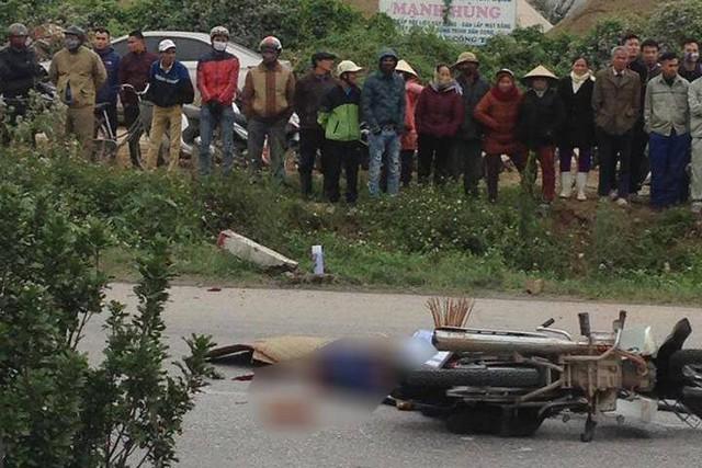 Hiện trường xảy ra vụ TNGT khiến nam thanh niên tử vong chiều 30/12 tại tỉnh Thanh Hóa. Ảnh: Phúc Tuấn
