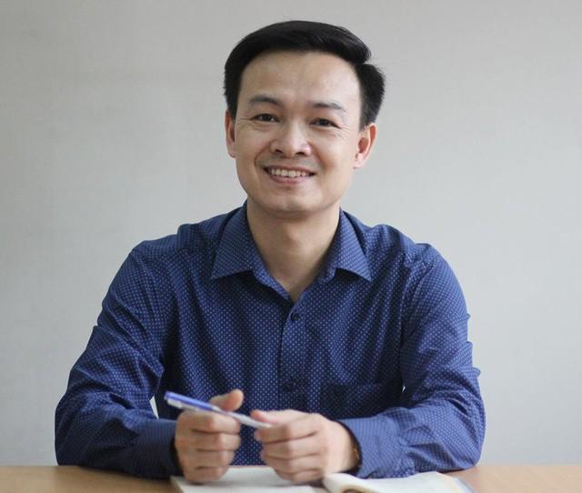 Thầy Trần Mạnh Tùng, giáo viên Toán, Trường THPT Lương Thế Vinh, Hà Nội.