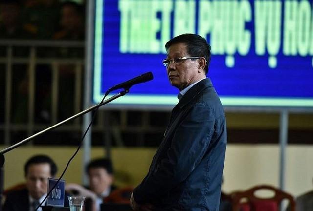 Theo luật sư Trang, ông Vĩnh bị HĐXX tuyên án cao hơn mức đề nghị của Viện kiểm sát là bởi ông là người nắm chức vụ cao trong Tổng cục cảnh sát nhưng lại vi phạm pháp luật.
