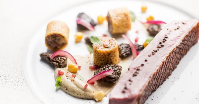 Bữa ăn ở Alain Ducasse, London có giá trung bình 280 USD