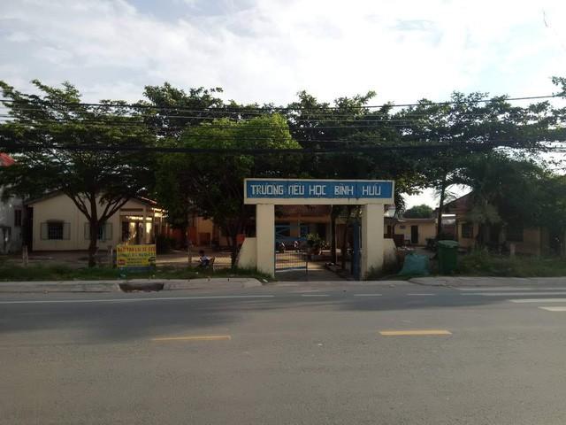Trường Tiểu học Bình Hữu, huyện Đức Hòa, Long An - nơi xảy ra vụ việc.