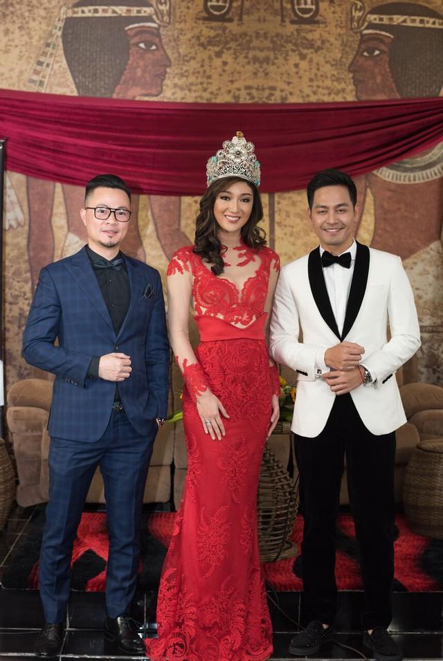 Chiều cao, gương mặt hài hòa làm nên vẻ nổi bật của người đẹp Philippines