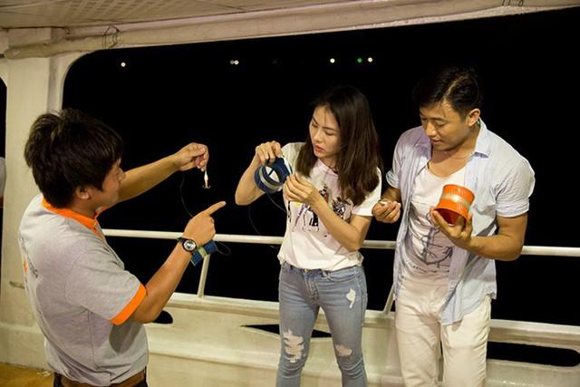 Vân Trang hét toáng vì bất ngờ gặp ông xã ở bãi biển Phú Quốc