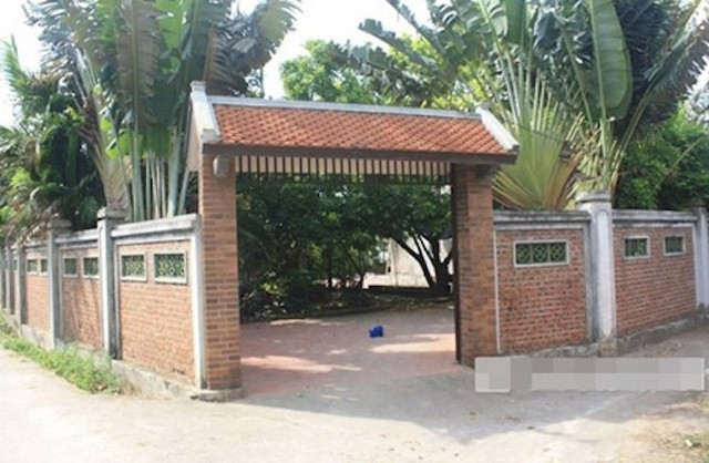 Nhà cổ ở quê của Xuân Hinh