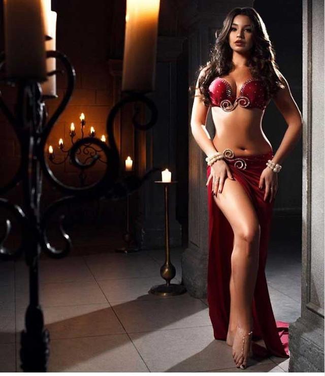 Andreeva đã lên tiếng biện minh về trang phục mà cô sử dụng và nói rằng những gì cô mặc không khác những vũ công Ai Cập khác.
