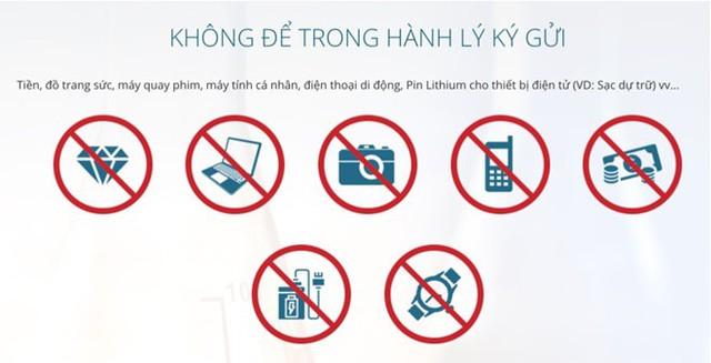 Tất cả thiết bị điện tử đều bị cấm ký gửi trong các chuyến đi của Việt Nam Airline.