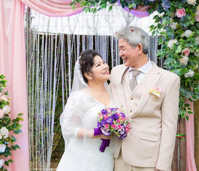 NSND Thanh Hoa hạnh phúc bên chồng - Nghệ sĩ Tôn Thất Lợi