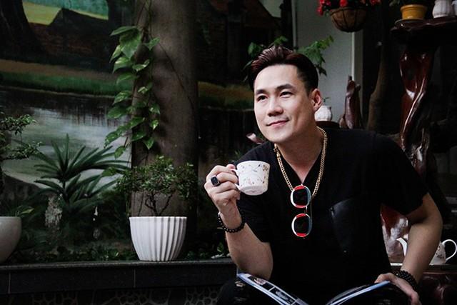 Khánh Phương ở tuổi 36 tập trung chạy show và đợi tình yêu đến.
