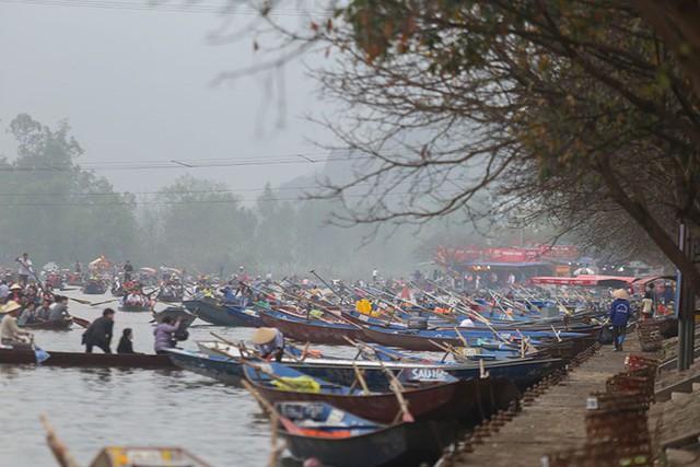 Hôm nay, chùa Hương chính thức khai hội
