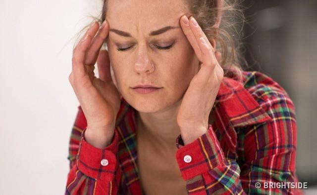Lý do bạn thường bị nhức đầu (ngoại trừ stress và mệt mỏi) có thể là do mức estrogen thấp.