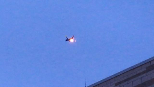 Máy bay Boeing chở 120 người cháy nổ bùng bùng trên bầu trời Mỹ