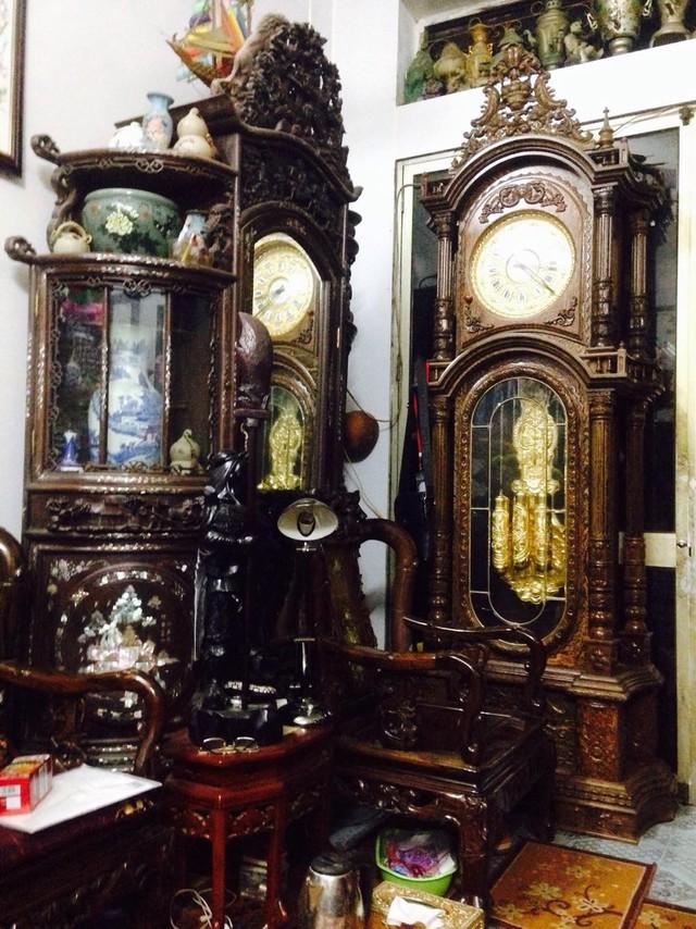 Những chiếc đồng hồ của Anh Vũ Quang luận sưu tầm sau này làm dày thêm bộ sưu tầm của người cha để lại.