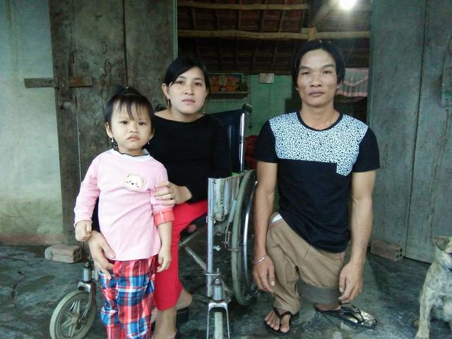 Giấc mơ Tết của đôi vợ chồng khuyết tật