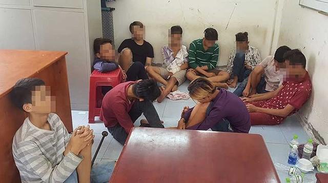 Nhóm cướp nhí bị Công an quận Tân Phú, TP.HCM bắt giữ.