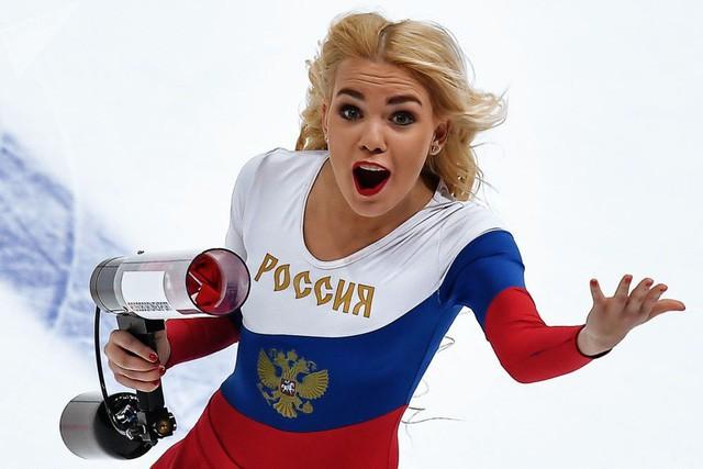 Vẻ đẹp căng tràn sức sống của những nữ hoạt náo viên Nga